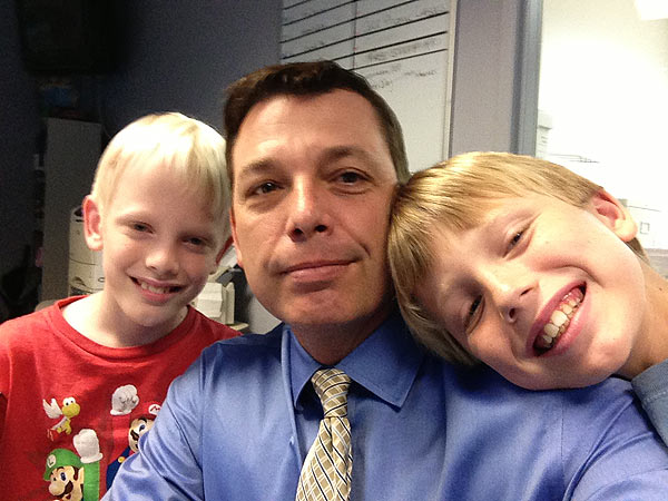 Consumer Reporter Jeff Ehling, with his sons Sean &#40;left&#41; and Jake &#40;right&#41; <span class=meta>(Jeff Ehling)</span>