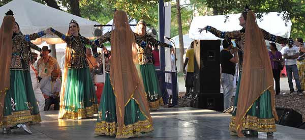 "<div class=""meta image-caption""><div class=""origin-logo origin-image ""><span></span></div><span class=""caption-text"">Houston's International Festival spotlighting the Silk Road: Journey Across Asia was held in downtown Houston April 30-May 1 and May 7-8, 2011. (KTRK Photo)</span></div>"