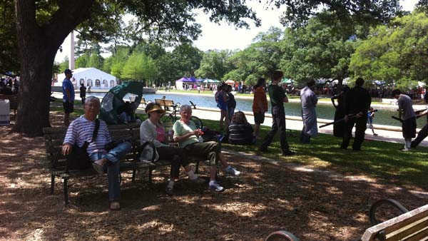 Japan Fest attendees enjoying Hermann Park <span class=meta>(KTRK Photo&#47; Adela Uchida)</span>