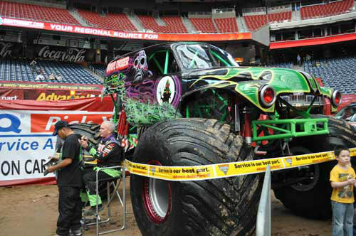 "<div class=""meta image-caption""><div class=""origin-logo origin-image ""><span></span></div><span class=""caption-text"">Monster truck fans of all ages got up close and personal with their favorite trucks and drivers on Saturday, January 19, 2013 (KTRK Photo/ Kristy Gillentine)</span></div>"