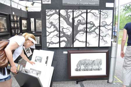 "<div class=""meta ""><span class=""caption-text "">This year's Bayou City Art Festival at Memorial Park featured 300 artists representing 19 different media formats, plus activities and fun for all ages (KTRK Photo/ Kristy Gillentine)</span></div>"