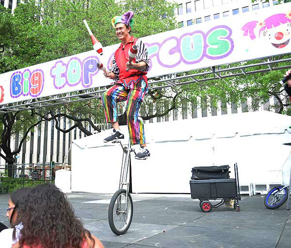 These are photos from the Children&#39;s Festival in downtown Houston Saturday.  The festival, which is the largest children&#39;s festival in the U.S., runs through Sunday, with proceeds benefitting Child Advocates, Inc.  At the festival, you&#39;ll find five stages, eight big Family Adventure Zones and over three hundred fun activities! <span class=meta>(Photo&#47;ABC13)</span>