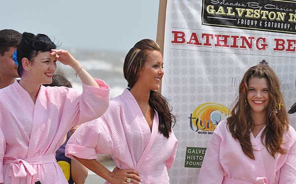 Always a crowd favorite, Galveston&#39;s Bathing Beauties Contest was held Saturday, May 21, 2011, on the beach in front of the Historic Hotel Galvez. The Bathing Beauties Contest includes both contemporary and vintage&#47;vintage-inspired competition categories.  <span class=meta>(KTRK Photo)</span>