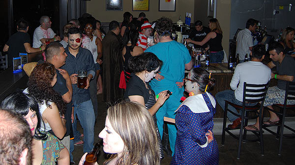 "<div class=""meta ""><span class=""caption-text "">The Houston/Bayou City Zombie Walk held its first annual bar crawl, in conjunction with Comicpalooza, Houston?s largest science fiction convention.  Zombies, cyborgs, demons, superheroes, wizards, warriors, storm troopers and elves took to the pubs to benefit the Houston SPCA and the Houston Wildlife Rehabilitation Center.  But the real fun begins when Comicpalooza hits town with their annual multi-format pop culture convention, May 27-29, 2011. (KTRK Photo/ Michael O'Neill)</span></div>"