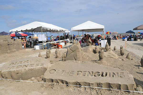 On Saturday, June 2, 2012, contestants were having fun in the sand!  The public is invited to see how piles of sand magically transform into imaginative sculptures.  For more than two decades on the first Saturday of June, teams of architects, designers, and engineers have taken their tools to East Beach in Galveston for what is considered one of the world?s largest sand castle competitions. The Houston Chapter of the American Institute of Architects &#40;AIA&#41; has been organizing this competition every year since 1986. More than 60 teams had their eyes and shovels set on winning the prestigious Gold Bucket Award. <span class=meta>(KTRK Photo)</span>