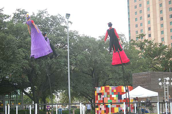 "<div class=""meta ""><span class=""caption-text "">Australia's Strange Fruit brought their unique performance to Discovery Green on September 21, 2013, with a fusion of theatre, dance and circus perched atop 14-foot tall flexible poles.  Swoon! is a 25 minute performance featuring four daredevils telling a spectacular story of love, loss, joy and freedom. (KTRK Photo)</span></div>"