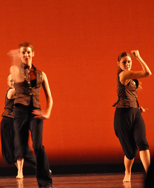 "<div class=""meta image-caption""><div class=""origin-logo origin-image ""><span></span></div><span class=""caption-text"">Dance Source Houston presented the 16th annual Weekend of Texas Contemporary Dance at Miller Outdoor Theatre on September 24-25, 2010.  Tap dance, trapeze work, and Tchaikovsky all played a part  in this  evening of performances by 10 Texas-based choreographers and dance companies.</span></div>"