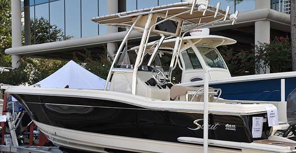 The Southwest International In-Water Boat Show was held Sept. 23-26, 2010 at South Shore Harbour Marina, with Bay boats, sailboats, powerboats, luxury yachts and more than 300 boats in the water.  This year?s show also featured the Houston Wakeboard Shoot-Out, with the world?s best competing for Texas bragging rights. <span class=meta>(KTRK Photo&#47; KTRK)</span>