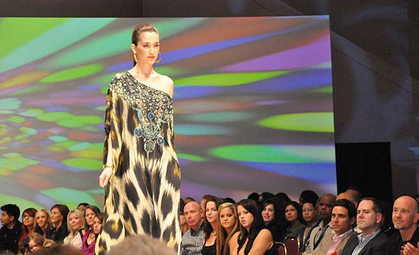 "<div class=""meta ""><span class=""caption-text "">Fashion Houston returned to the Wortham Center, October 10-13, 2011.  On October 12, featured designers included Chloe Dao with Elaine Turner, Camilla, Fabiola Arias and Norman Ambrose.  Houstonians with a flair for fashion turned out for the sparkling event. (KTRK Photo/ Gina Larson)</span></div>"