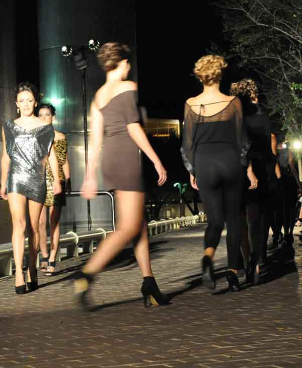"<div class=""meta ""><span class=""caption-text "">Houston Fashion Independence Group held its two-day runway fashion event at Tranquility Park in downtown Houston.  On Thursday, ?Fashion in the Park? event featured many designers, including Sarah Suicidal, Sameeri Frahadi and Ash Couture. (KTRK Photo)</span></div>"