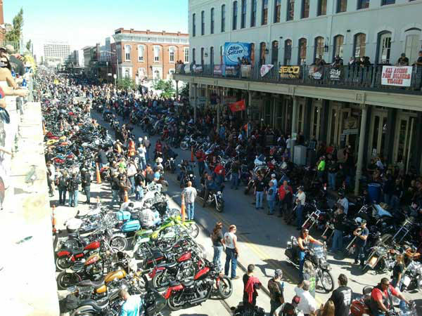 "<div class=""meta ""><span class=""caption-text "">Hundreds of thousands of motorcycle enthusiasts fill the streets of Galveston at the 2013 Lone Star Rally. The annual event features free concerts, bike shows and even celebrity appearances. Were you there? Send photos to news@abc13.com! (KTRK Photo/ Mike Fernau)</span></div>"