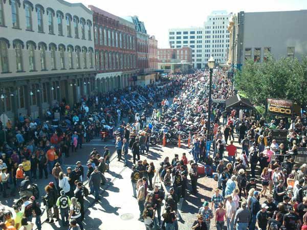 "<div class=""meta image-caption""><div class=""origin-logo origin-image ""><span></span></div><span class=""caption-text"">Hundreds of thousands of motorcycle enthusiasts fill the streets of Galveston at the 2013 Lone Star Rally. The annual event features free concerts, bike shows and even celebrity appearances. Were you there? Send photos to news@abc13.com! (KTRK Photo/ Mike Fernau)</span></div>"