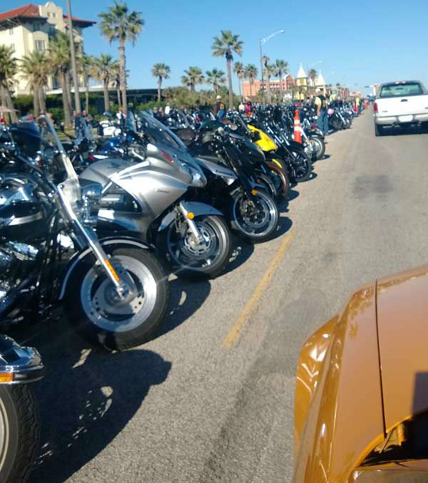 "<div class=""meta image-caption""><div class=""origin-logo origin-image ""><span></span></div><span class=""caption-text"">These are some of the photos you've been sending to us of the Lone Star Rally in Galveston.  If you're there, we'd love to see your pics, too!  Email them to us at news@abc13.com (Photo/iWitness Reports)</span></div>"
