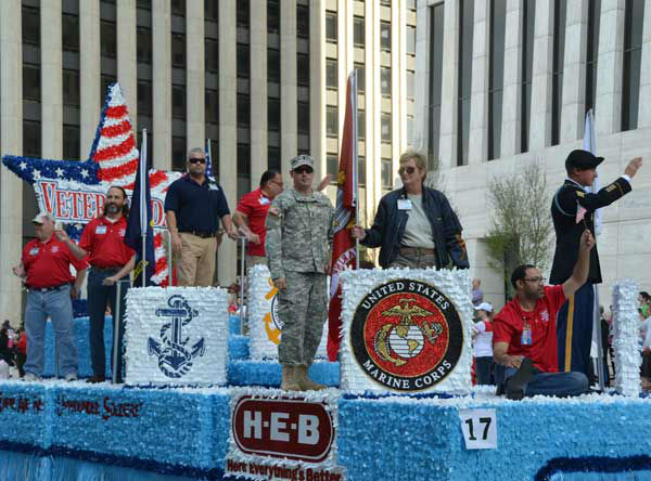 These are photos from the annual Houston Salutes American Heroes&#39; Veterans Day celebration downtown, Monday, November 11, 2013.   Were you there?  If so, we&#39;d love to see your photos, too.  Email them to us at news@abc13.com.  And allow us to say a great big thanks to all of our veterans! <span class=meta>(Blanca Beltran&#47;ABC13)</span>