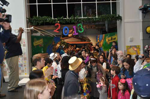 "<div class=""meta ""><span class=""caption-text "">At the Children's Museum of Houston on New Year's Eve, kids counted down to noon and watched the 2013 ball drop. There was also a parade, live music, arts and crafts and dancing at the family-friendly event! (KTRK Photo)</span></div>"