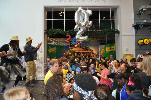 "<div class=""meta ""><span class=""caption-text "">At the Children's Museum of Houston, kids counted down and watched the 2013 ball drop -- at noon! (KTRK Photo)</span></div>"