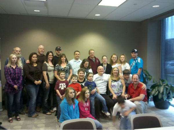 Michael Nall and Shannon Lenox, surrounded by their families at their first meeting. Nall received Lenox&#39;s son Roy&#39;s heart <span class=meta>(Photo&#47;LifeGift)</span>