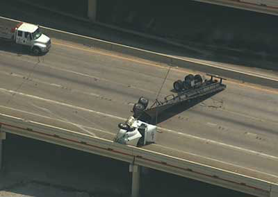These are photos of the shutdown that was on I-10 westbound near Highway 59 Friday afternoon.    If you have photos,s send them to news@abc13.com  <span class=meta>(Photo&#47;ABC13)</span>