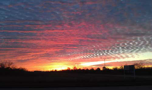 These are photos of the sunrise across Houston on Thursday, February 28, that our viewers sent it.  Send your photos to us at news@abc13.com <span class=meta>(Photo&#47;iWitness reports)</span>