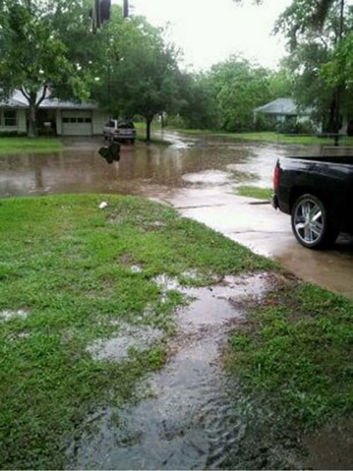 These are photos viewers sent in from Monday&#39;s rains.   You can see more here.  If you took weather photos or videos, email them to us at news@abc13.com <span class=meta>(Photo&#47;iWitness Reports)</span>