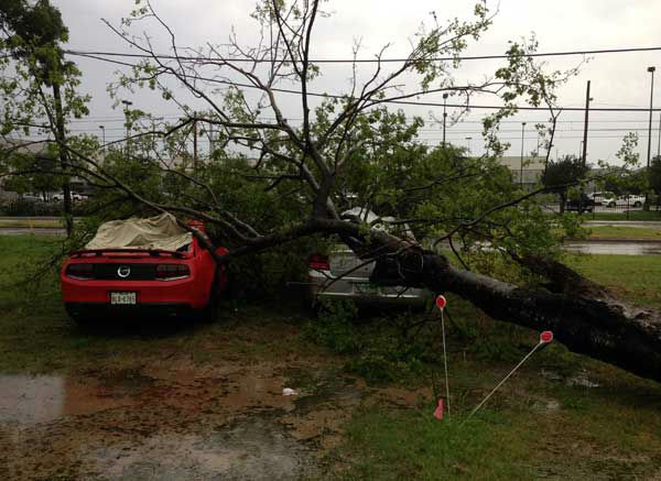"<div class=""meta ""><span class=""caption-text "">These are some of the photos you've been sending in of the severe weather that moved through southeast Texas Friday, August 16, 2013.  More storm photos are on iWitness.abc13.com.  If you have photos or videos from the storms, email them to us at news@abc13.com  (Photo/iWitness reports)</span></div>"