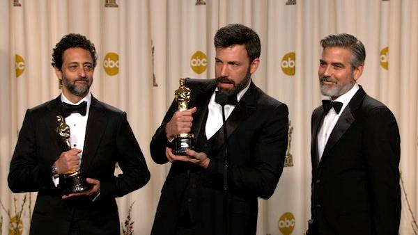 OTRC: Affleck, Clooney Oscars backstage speech