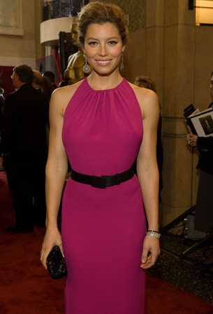 Academy Award presenter, Jessica Biel, arrives at the 79th Annual Academy Awards at the Kodak Theatre in Hollywood, CA, on Sunday, Feb. 25, 2007 in an Oscar de la Renta gown. <span class=meta>(&copy;A.M.P.A.S.)</span>