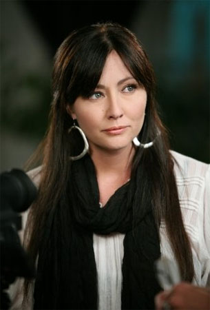 "<div class=""meta ""><span class=""caption-text "">Shannen Doherty turns 40 on April 12, 2011. The actress is known for shows such as 'Beverly Hills, 90210,' 'Charmed,' and movies such as 'Mallrats,' and 'Heathers.'  (Sachs/Judah Productions/CBS Productions/CBS Television Studios)</span></div>"