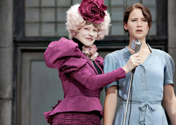 Elizabeth Banks (left) appears next to Jennifer Lawrence in a scene from 'The Hunger Games.'