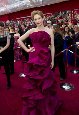 "<div class=""meta ""><span class=""caption-text "">Vera Farmiga, Academy Award nominee for Best Supporting Actress for her work in 'Up in the Air,' arrives at the 82nd Annual Academy Awards at the Kodak Theatre in Hollywood, CA, on Sunday, March 7, 2010 in a Marchesa gown.   (Richard Harbaugh / ©A.M.P.A.S.)</span></div>"
