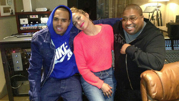 Jennifer Lopez appears in a March 21 photo with Chris Brown from her official Twitter page. - Provided courtesy of twitter.com/JLo