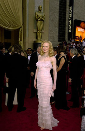 Nicole Kidman arrives at the 74th Annual Academy Awards, held for the first time at the Kodak Theatre in Hollywood, CA on Sunday, March 24, 2002 in a Channel Couture gown.  <span class=meta>(&copy;A.M.P.A.S.)</span>
