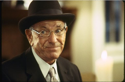 "<div class=""meta image-caption""><div class=""origin-logo origin-image ""><span></span></div><span class=""caption-text"">Jack Klugman turns 90 on April 27, 2012. The actor is known for shows such as 'The Odd Couple' and 'Quincy M.E.' and films such as '12 Angry Men' and 'Days of Wine and Roses.' (When Do We Eat? Inc./ Sneak Preview Entertainment)</span></div>"