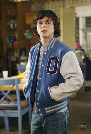 Charlie McDermott in a scene from 'The Middle.'