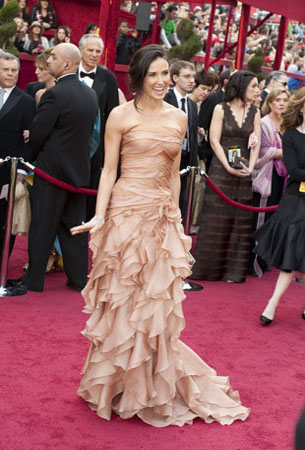 Academy Award presenter Demi Moore arrives at the 82nd Annual Academy Awards at the Kodak Theatre in Hollywood, CA, on Sunday, March 7, 2010. <span class=meta>(Greg Harbaugh &#47; &#38;copy;A.M.P.A.S.)</span>