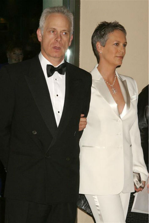 Jamie Lee Curtis and husband Christopher Guest appear at the 2004 Golden Globe Awards in Beverly Hills, California on Feb. 21, 2004. The two wed in December 1984 and are parents to a son and daughter. <span class=meta>(BO &#47; Startraksphoto.com)</span>