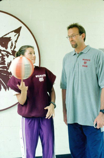Jessica Biel and Kurt Rambis appear in a still from &#39;7th Heaven.&#39; <span class=meta>(The WB Television Network)</span>