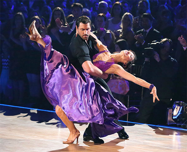 "<div class=""meta ""><span class=""caption-text "">Meryl Davis and Maksim Chmerkovskiy perform a Foxtrot/Cha Cha Cha 'Fusion Dance' on week 10 of 'Dancing With The Stars' on May 20, 2014. They received 30 out of 30 points from the judges. On Monday, the pair received 30 out of 30 points for their 'Judges' Pick' Quickstep and 30 out of 30 points for their Freestyle for a total of 90 out of 90 points. (ABC Photo)</span></div>"