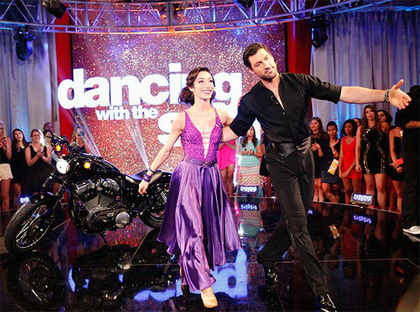 Meryl Davis and Maksim Chmerkovskiy appear in a still from &#39;Dancing With The Stars&#39; season 18 on May 20, 2014. <span class=meta>(ABC Photo)</span>