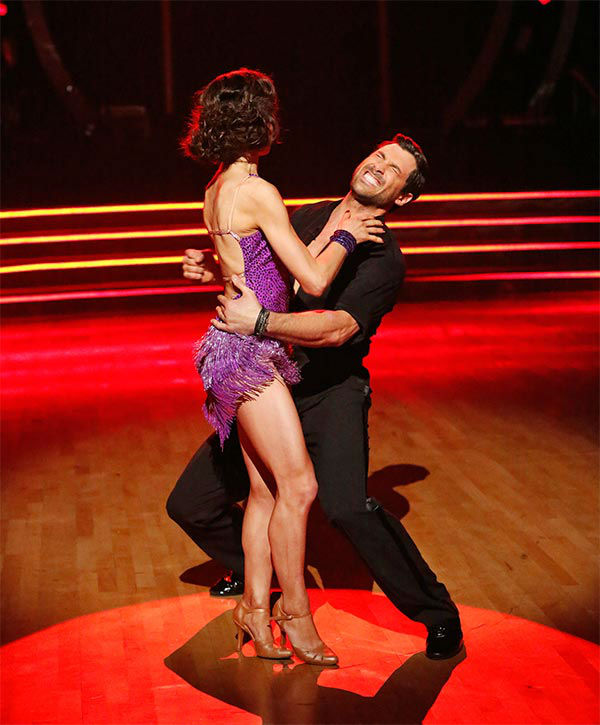 "<div class=""meta ""><span class=""caption-text "">Meryl Davis and Maksim Chmerkovskiy react to winning season 18 of 'Dancing With The Stars' on May 20, 2014. On Tuesday, they received 30 out of 30 points from the judges for their Foxtrot/Cha Cha Cha 'Fusion Dance.' On Monday, the pair received 30 out of 30 points for their 'Judges' Pick' Quickstep and 30 out of 30 points for their Freestyle for a total of 90 out of 90 points. (ABC Photo)</span></div>"
