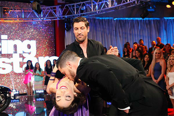 Meryl Davis and Maksim Chmerkovskiy talk to Erin Andrews before their Foxtrot&#47;Cha Cha Cha &#39;Fusion Dance&#39; during the season 18 finale of &#39;Dancing With the Stars&#39; on May 20, 2014. <span class=meta>(ABC Photo)</span>