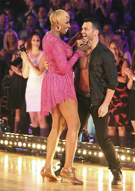 "<div class=""meta ""><span class=""caption-text "">NeNe Leakes and Tony Dovolani appear during the season 18 finale of 'Dancing With the Stars' on May 20, 2014.  (ABC Photo)</span></div>"