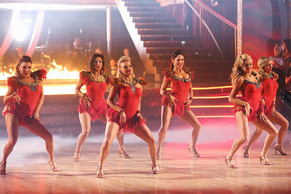 NeNe Leakes appears with pro dancers Lindsay Arnold, Witney Carson, Sharna Burgess, Nene Leakes, Jenna Johnson and Emma Slater during the season 18 finale of &#39;Dancing With the Stars&#39; on May 20, 2014. They danced to &#39;Grown Woman.&#39; <span class=meta>(ABC Photo)</span>