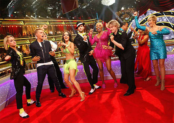 Season 18 cast members Peta Murgatroyd, Cody Simpson, Drew Carey, Danica McKellar, Mark Ballas, Nene Leakes, Charlie White, Billy Dee Williams, Candace Cameron Bure and Diana Nyad appear during the season 18 finale of &#39;Dancing With the Stars&#39; on May 20, 2014. <span class=meta>(ABC Photo)</span>