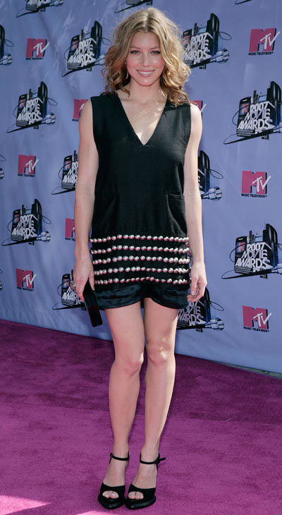 "<div class=""meta ""><span class=""caption-text "">Jessica Biel arrives at the MTV Movie Awards in Los Angeles on Sunday, June 3, 2007.  (AP Photo/Matt Sayles)</span></div>"