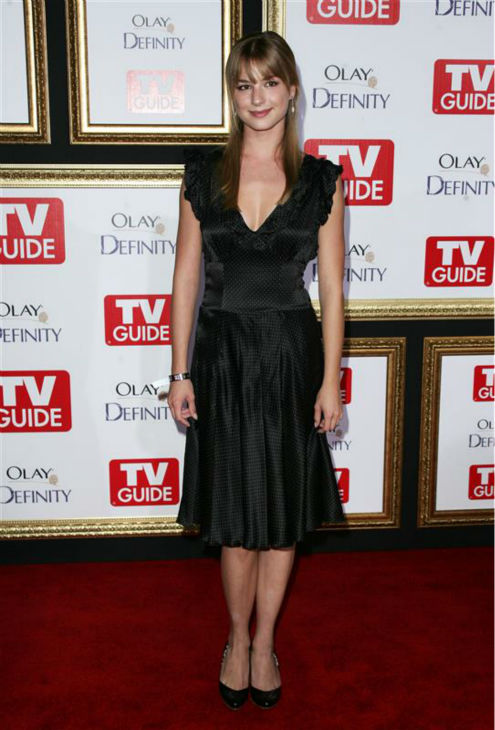 Emily VanCamp appears at TV Guide&#39;s 2007 Emmy Awards after party at the nightclub Les Deux in Hollywood, California on Sept. 16, 2007.  <span class=meta>(Andy Fossum &#47; Startraksphoto.com)</span>
