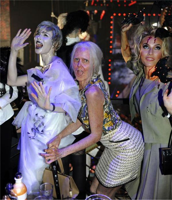 Heidi Klum, dressed in an elderly woman costume, is seen at her 14th annual Halloween party, held at the Marquee nightclub in New York on Oct. 31, 2013. <span class=meta>(Seth Browarnik &#47; Startraksphoto.com)</span>