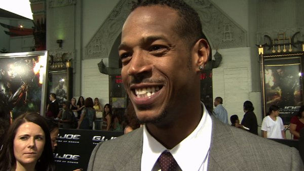 Interview with Marlon Wayans on red carpet at premiere of 'G.I. Joe.'