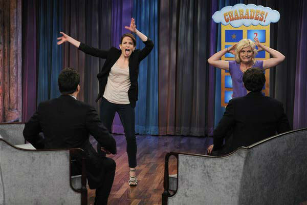 Tina Fey and Amy Poehler appear on &#39;Late Night With Jimmy Fallon&#39; in New York on April 8, 2010. <span class=meta>(Albert Michael &#47; Startraksphoto.com)</span>