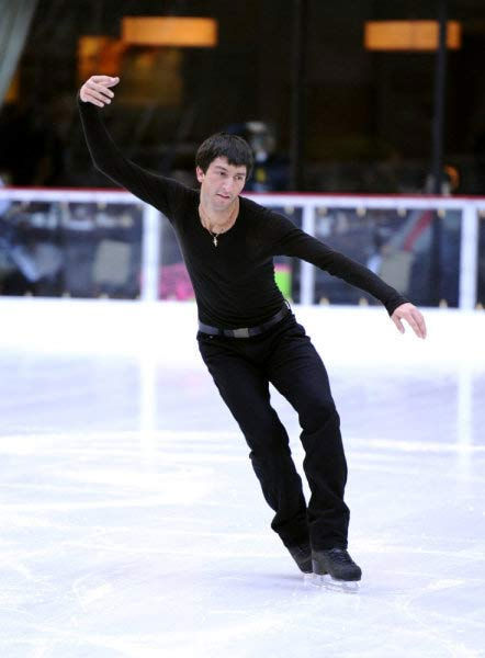 Evan Lysacek -- Olympic skater Evan Lysacek performs on the 'Today' show in 2010.